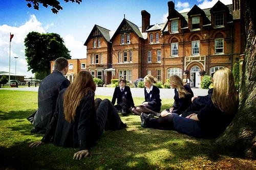 英国留学:英国高中留学条件有哪些